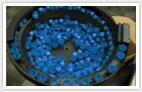 Les produits Vibratech, alimentation automatique de bouchon, cadence de 120 Pièces par minute